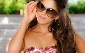Picture face, model, glasses, brown hair, aspen rae