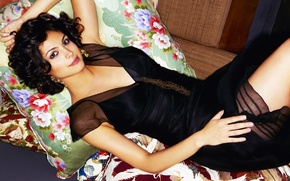 Picture Morena Baccarin, pillow, brunette, lies, black dress