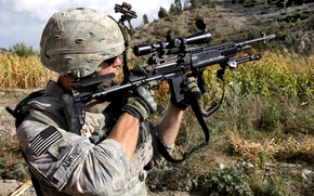 Picture aiming, American soldiers