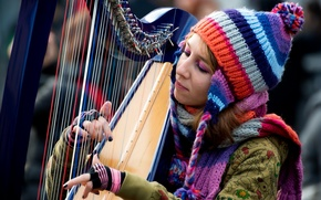 Picture girl, music, harp, colour notes