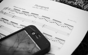 Picture notes, black and white, phone, song