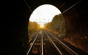 Picture the sun, light, rails, railroad, the tunnel