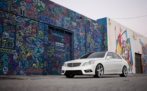 Picture white, graffiti, tuning, Mercedes, sedan, the front, E Class