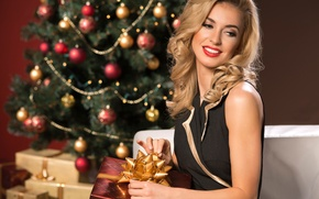 Picture girl, decoration, smile, holiday, gift, Christmas, blonde, New year, tree, Сhristmas