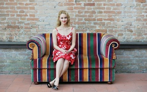 Picture Model, Couch, Fashion, Sitting, Sarah Gadon