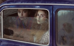 Picture look, glass, girls, face, car