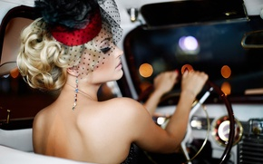 Picture machine, the wheel, blonde, veil