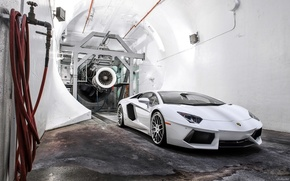 Picture white, New Lambo 2015, wind tunnel