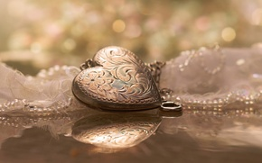 Picture reflection, heart, pendant