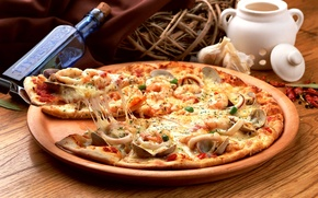 Wallpaper bottle, basket, pizza, pizza, dish, seafood, spices, mussels, squid