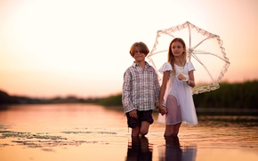 Picture umbrella, boy, girl