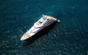 Picture lifestyle, luxury yacht, mega yachts, Cannes, from the air
