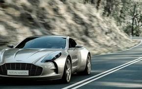 Picture Aston Martin, speed