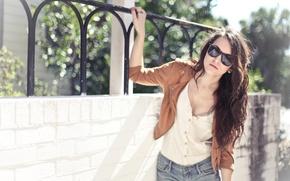 Picture summer, girl, brunette, glasses