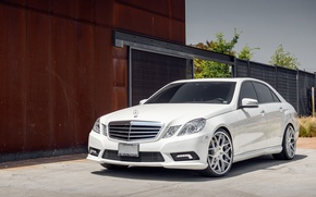 Picture white, before, Mercedes, white, E-class, Mercedes, E550