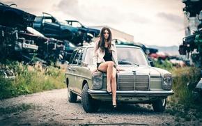 Wallpaper auto, girl, legs, Laura Gra