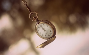 Picture arrows, watch, figures, dial, chain