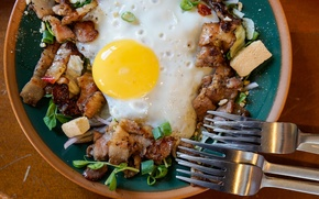 Picture croutons, croutons, crackers, fork, scrambled eggs, bacon, Breakfast, egg