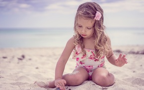Picture sand, sea, beach, swimsuit, child, hands, girl, sea, Beach, girls, little, beautiful, child, Little