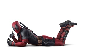 Picture check, on the floor, comic, superhero, Deadpool, Deadpool, gun, weapons, lies, pomegranate, Ryan Reynolds, Ryan ...