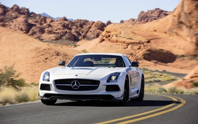 Picture Mercedes-Benz, White, Desert, Machine, Mercedes, AMG, Black, SLS, Series, The front, Sports car
