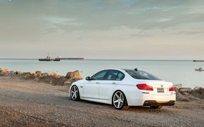 Picture white, BMW, BMW, white, wheels, F10, 550i, 5 series, rearside