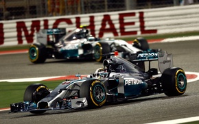 Picture race, sport, the car, Mercedes, Lewis Hamilton, Mercedes AMG Petronas F1, Bahrain GP