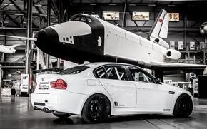 Picture white, BMW, BMW, white, shuttle, e92, museum, Shuttle. Museum