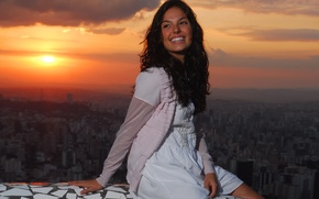 Picture girl, sunset, night, the city, sitting, smiling, Isis Valverde