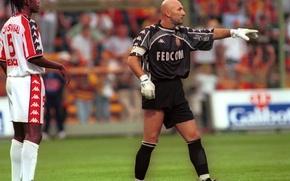 Picture Monaco, the French goalkeeper, Barthez, Fabien Barthez
