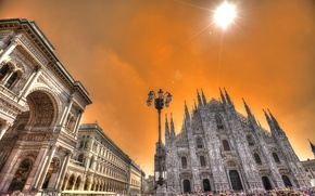 Picture the sky, the sun, clouds, people, area, Italy, lantern, Cathedral, arch, Milan, Duomo