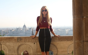 Picture look, girl, face, hair, skirt, glasses