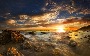 Picture sea, the sky, the sun, rays, sunset, stones, dawn, coast, horizon, surf