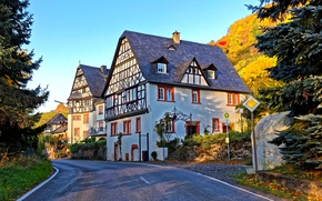 Wallpaper road, autumn, the sun, trees, street, home, Germany, hill, Traben-Trarbac