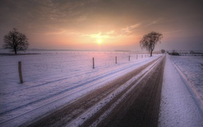 Picture road, snow, sunset, the fence