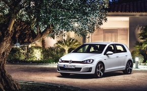 Picture The evening, Auto, White, Volkswagen, House, Machine, The building, Lights, Car, Golf, GTI
