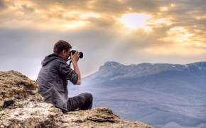 Picture the sky, landscape, mountains, height, the camera, photographer, guy, Highlands photography