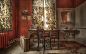 Picture table, chair, suitcase