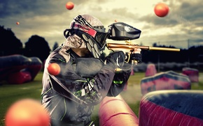 Wallpaper protective equipment, paintball, airgun, ink pellets