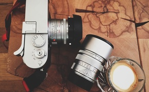 Picture table, camera, lens, coffee