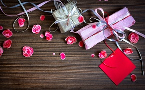 Picture gifts, holiday, petals, boxes, paper, pink, tape