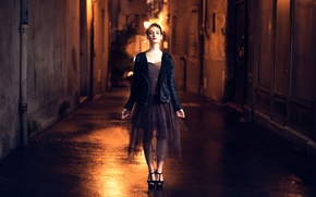 Picture girl, night, the city, street, Tiphaine