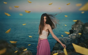 Picture girl, the wind, paper boats, Alexander Lazarov, Stefani with boats
