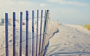 Picture beach, the sky, traces, the fence