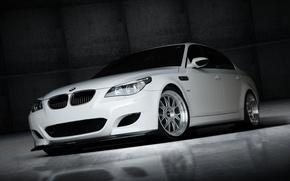 Picture white, bmw, BMW, white, wheels, sedan, drives, front view, bbs, e60, BBC
