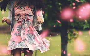 Picture girl, style, background, movement, tree, widescreen, Wallpaper, mood, clothing, blur, dress, brunette, wallpaper, widescreen, background, …