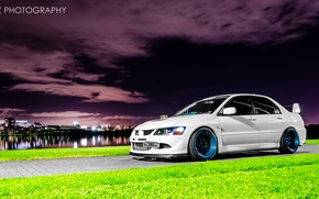Picture white, night, the city, Mitsubishi, Lancer, Evolution, Lancer, Mitsubishi