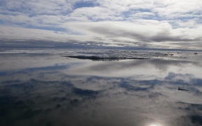 Picture sea, the sky, ice, polarka