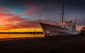 Wallpaper ship, glow, port, the evening, house, pier, Norway, Oslo, the sky, clouds, harbour