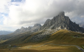 Picture Italy, Italy, southern access, Giau Pass in the Dolomites